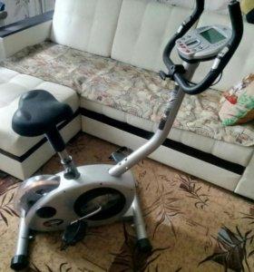 Вело-тренажер