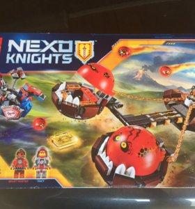 Конструктор lego Nexo Knights Безумная колесница