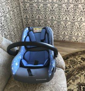Детское кресло для авто