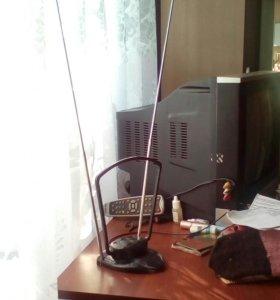 Антена комнатная всеволновая телевизионная