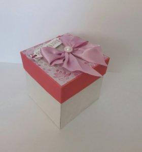 Поздравительная коробочка