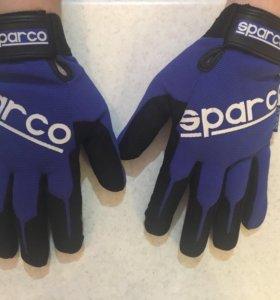 Перчатки Sparco
