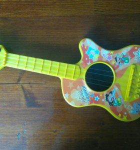 Гитара игрушечная