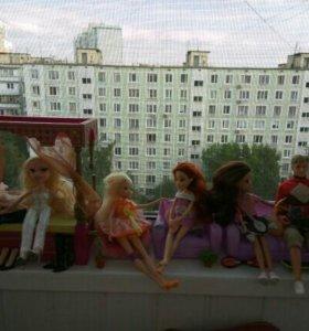 Куклы и аксессуары.
