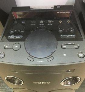 Аудиосистема Sony.