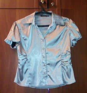 блуза на пуговицах новая