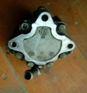 Гидронасос от фольцваген пассат б5