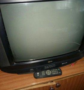 ЖК телевизор LG (54 см)