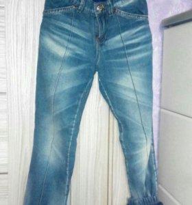 Тёплые джинсы для девочки  3штуки рост122-128