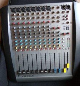 SoundCraft Spirit E-8