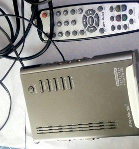 Внешний автономный ТВ-тюнер AverMedia AverTV Box7