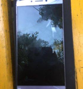 Телефон Le x527
