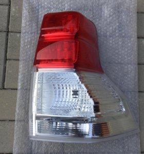 Задний фонарь внешний правый (оригинал) новый
