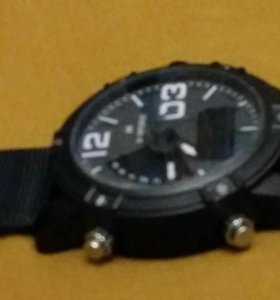 Продаю часы NF