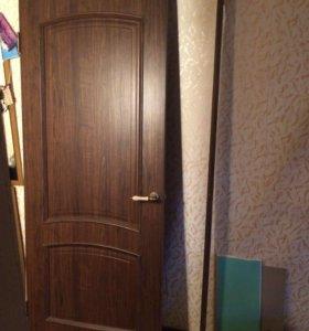 Дверь с коробкой б/у