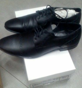 Продам ботинки - туфли