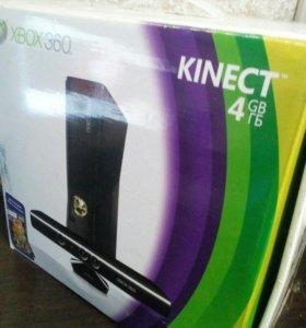 Игровая приставка Xbox 360 + kinect+4 диска
