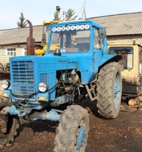 Трактор МТЗ-82 с прицепом 2ПТС-4
