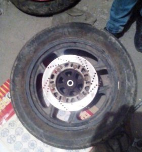 Заднее колесо для KAWASAKI GPZ 400R