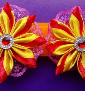 Цветок Кризанта на резинке.