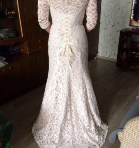 Платье свадебное-вечернее .
