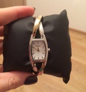Часы женские наручные DKNY кварцевые