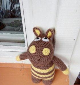 Вязаная игрушка (бегемот.единорог.мишка. котик)
