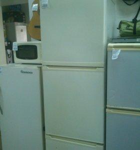 Холодильник Stinol 104 LC