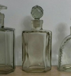 Флакон парфюм.старенький