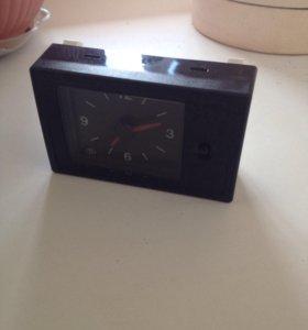 Часы в салон