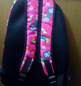 Рюкзак для девочки.