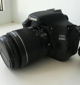 Зеркальный фотоаппарат Canon 600