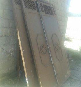 Ворота с калиткой и столбами