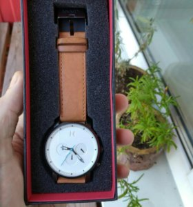 Часы наручные MVMT