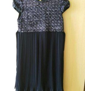 Платье праздничное детское фирмы Rolly б/у