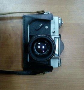 Продам фотоаппарат Зенит Е