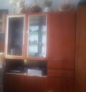 Шкаф для одежды и сервант б/у..