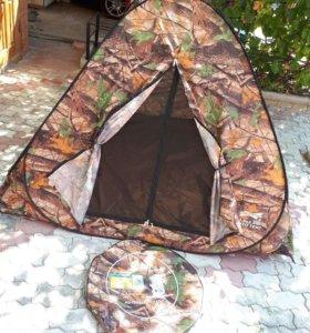 Палатка 2,5 × 2,5 м.
