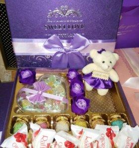 Сладкий Подарок В Коробке С Raffaello и Мишкой