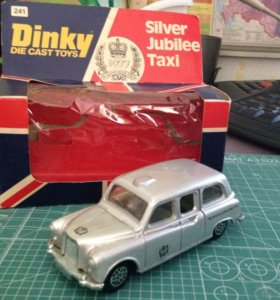 Dinky Toys taxi 1/43