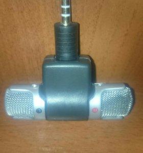 Продам микрофон на телефон