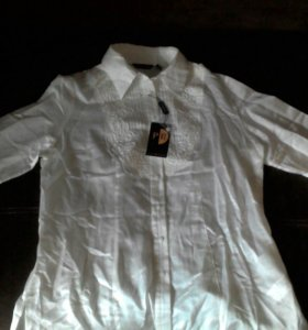 Продам новую белую блузку