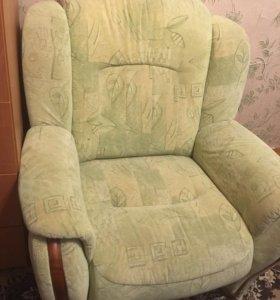 Кресло почти новое