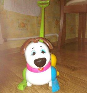 Детская каталка собачка