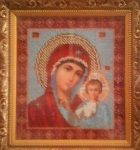 икона вышитая бисером Казанская Божия Матерь