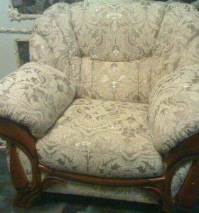 Ремонт, перетяжка мягкой мебели. Чехлы.