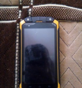 Противоударный смартфон с защитой ip68
