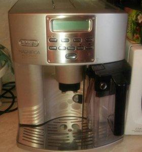 Кофемашина De'Longhi ESAM 04.350 S