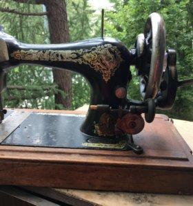 Швейная машинка винтаж зингер