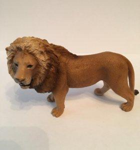 Лев из коллекции как новый